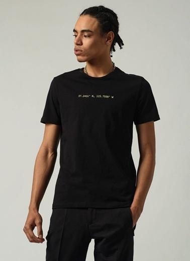 People By Fabrika Erkek Bisiklet Yaka Baskılı Tişört PFESS21TS0053 Siyah